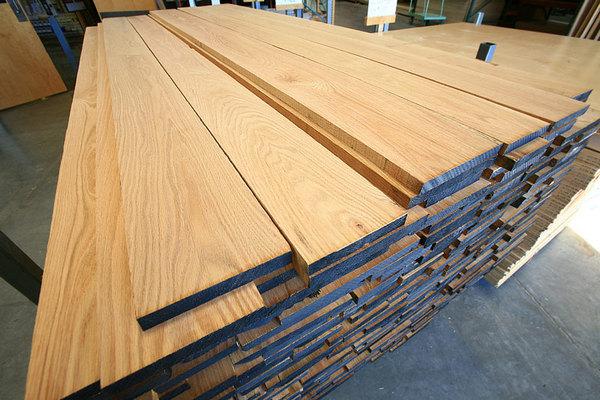 Cung cấp Tủ quần áo gỗ tự nhiên tại Hà Nội